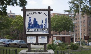 Astoria Houses welcome sign